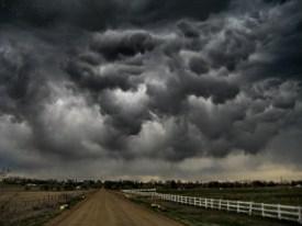 Темные облака